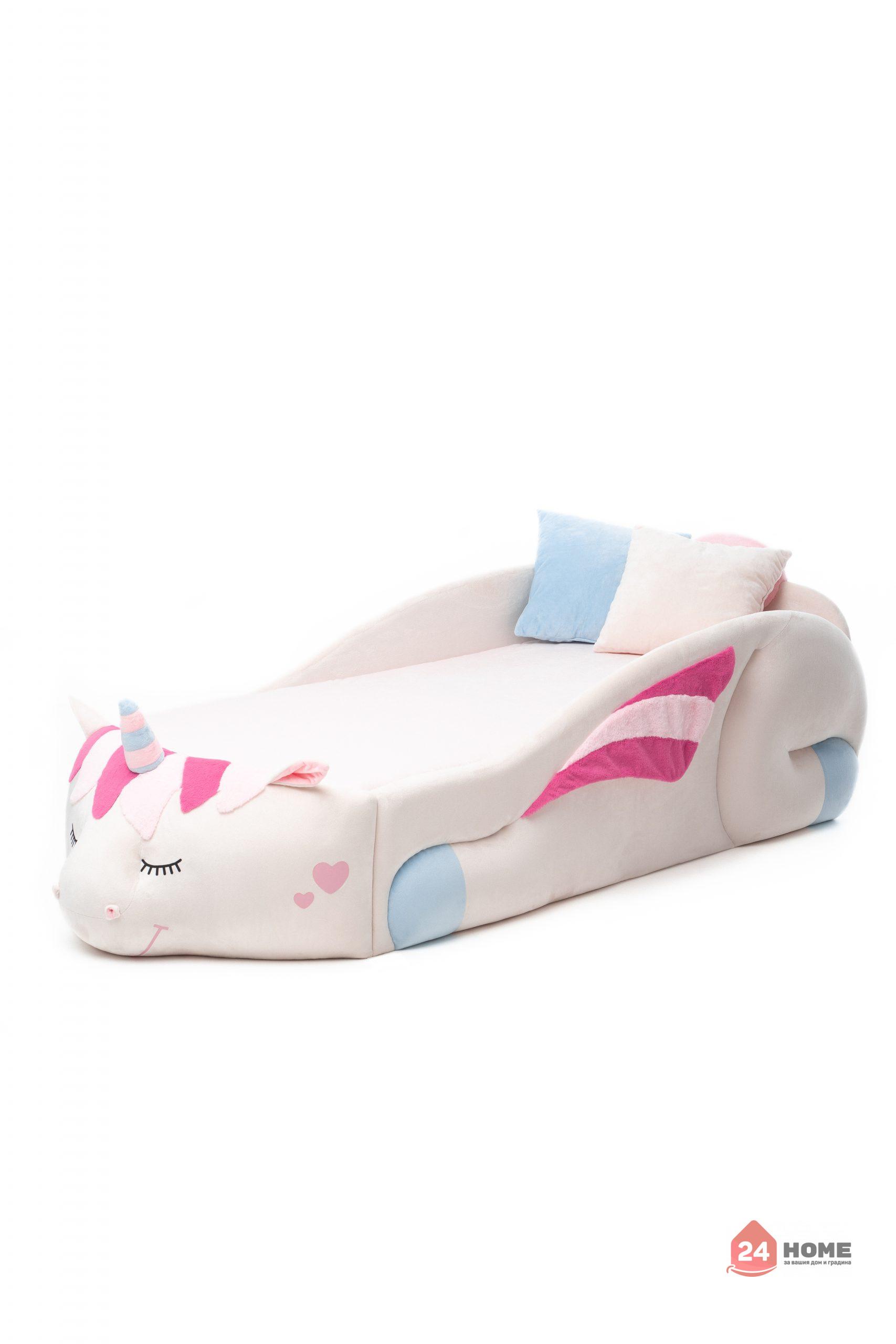Детско-легло-Romack-еднорог-Даша-матрак-възглавници-scaled